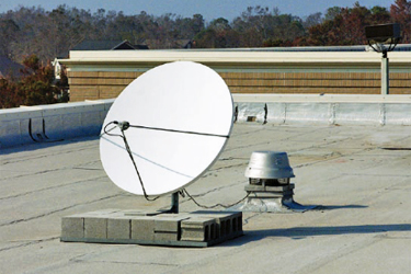 Common anchorage for satellite dishes